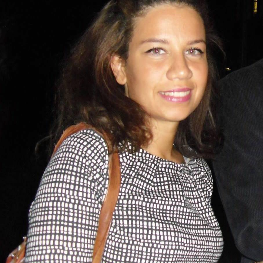 Hélène Delhamende